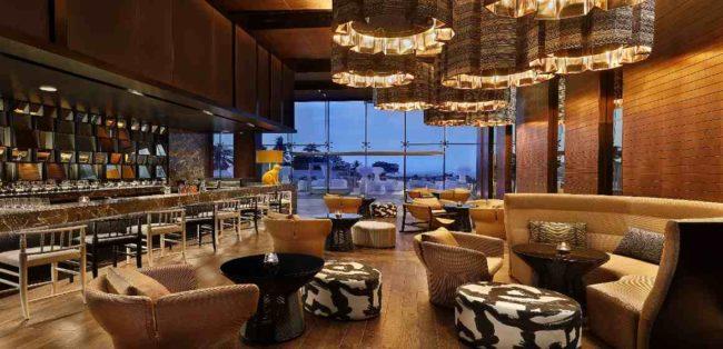 Bar im W Muscat
